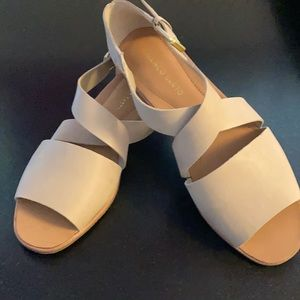 Franco Sarto flat sandal, size 9, Lt. Tan